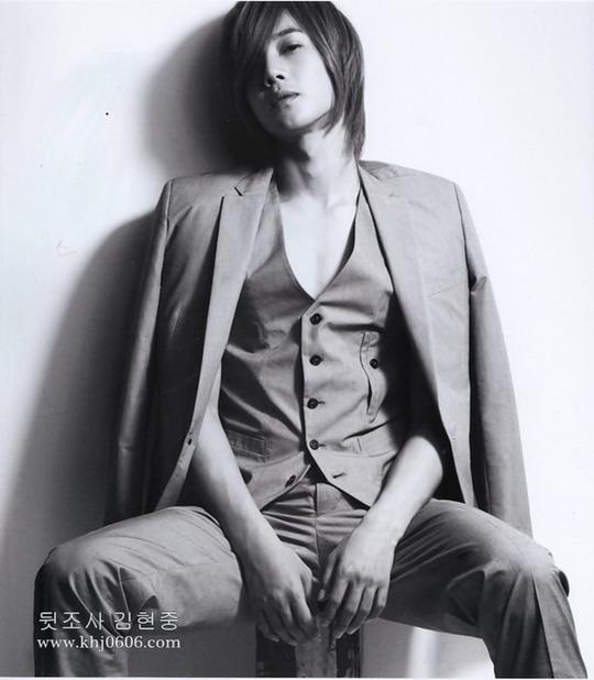 Kim Hyun Joong HOT!!!! (imagenes) Kim-hyun-joong-90205002